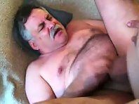 OLDER GAY MEN SUCKING