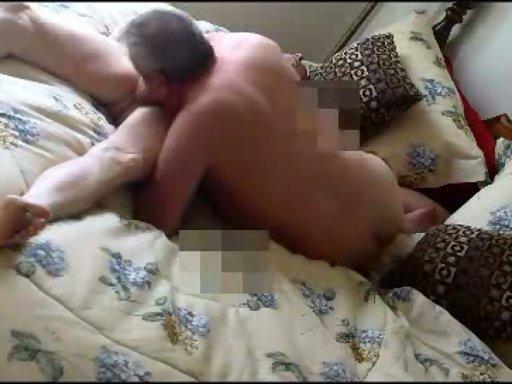 Pelottava karvainen kalu homoseksuaaliseen ruskea vuoto yhdynnän jälkeen